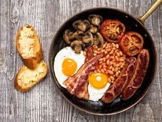 Big Scottish Breakfast with Hot Drink for One to Two at Bernie's Deli Cafe Bacon Breakfast, Best Breakfast, Breakfast Recipes, Breakfast Photo, Breakfast Ideas, Breakfast Skillet, Fusion Food, Cafe Deli, Great British Food
