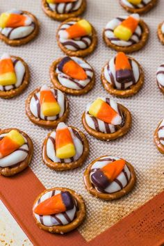 Candy Corn Pretzel Hugs. These are probs more delicious than real hugs, just sayin.