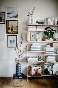 String shelves, on Herz und Blut.
