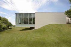 Hockessin Public Library by ikon.5 architects via ArchDaily