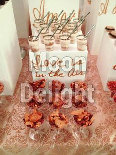 """Mesa Mixta """"LOVE"""" en la boda de Alex y Juan Pablo el 21 de Noviembre de 2015 #wedding #dessertbar #moondelight #tampico"""