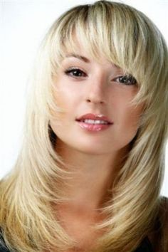 Best Womens Hairstyles For Fine Hair – HerHairdos Haircuts For Medium Hair, Medium Hair Cuts, Medium Hair Styles, Short Hair Styles, Medium Choppy Hairstyles, Long Hair With Bangs, Long Hair Cuts, Razor Cut Hair, Feathered Hairstyles