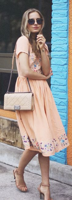 /c. Inspiration for how to style vintage dresses. Shoulder bag, nude strappy sandals // Asos Peach Midi Floral Embroidery Dress