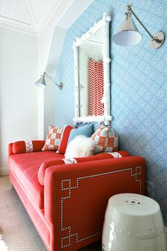 China Seas Fiorentina wallpaper with Bangalore pillows. Design by Tracy Hardenburg.
