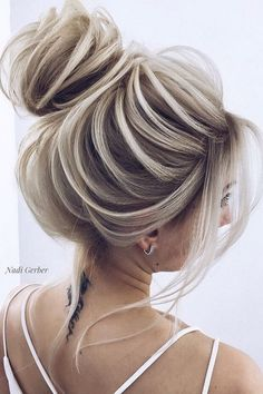 43 Ultra Flirty Blonde Hairstyles You Have To Try in 2019 - Page 7 of 9 - Fashion Lifestyle Blog
