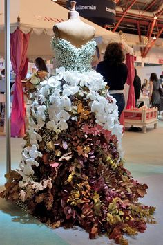 Todich-Floral-Design-National-Wedding-Show-2013-Flowerona-6