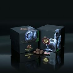 Gulliver Gourmet Selection, Belgian white chocolate cover freeze dried whole Blueberries..