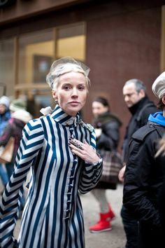 How much I want Daphne Guinness' coat!!!
