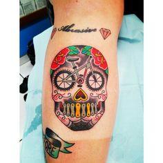 art bicycles skull bikes skull sugar ish skull drawing of bicycle gear . Cycling Tattoo, Gear Tattoo, Bicycle Tattoo, Bike Tattoos, Sleeve Tattoos, Tatoos, Cycling Art, Bike Illustration, Bike Quotes