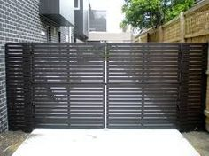horizontal timber - Gates R Us, Building Construction, Ferntree Gully, VIC, 3156 - TrueLocal Home Gate Design, Main Gate Design, Fence Construction, Gate Automation, Timber Gates, Automatic Gate, Backyard Fences, Backyard Ideas, Gate House