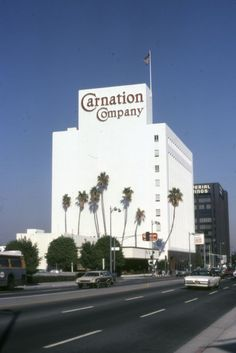 Carnation, Los Angeles, CA. My dad worked at Carnation in the Bullhead City, Los Angeles Hollywood, Los Angeles Area, Tampa Florida, Architecture Old, Carnations, Historical Photos, Southern California, Places To Visit