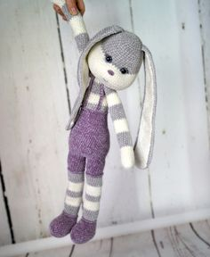 Mesmerizing Crochet an Amigurumi Rabbit Ideas. Lovely Crochet an Amigurumi Rabbit Ideas. Crochet Bunny Pattern, Crochet Rabbit, Crochet Patterns Amigurumi, Amigurumi Doll, Crochet Dolls, Crochet Baby, Diy Crafts Crochet, Crochet Projects, Sewing Crafts