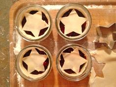 topped with a pie crust star and dusting of sugar!