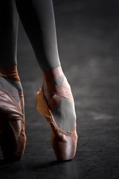 #pointe #ballet #ballerina #pink #photography