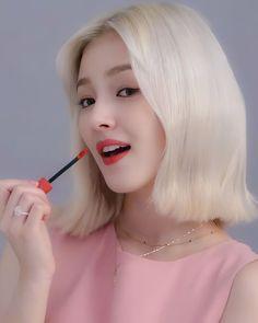 Nancy Jewel Mcdonie, Nancy Momoland, Hottest Photos, Actresses, Color, Instagram, Korean, Kpop, Female Actresses