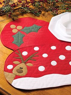 What's New - Sewing - Festive Christmas Place Mats
