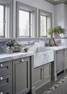 grey kitchen via halsteadstudio