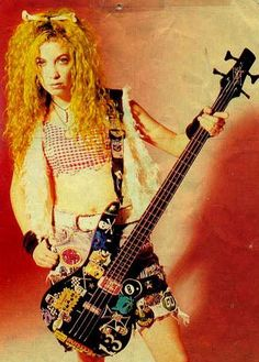 Sean Yseult, the bass player from White Zombie. Apparently I look like her.