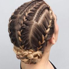 Best Of Braided Updo Hair Styles for Women 2018 We have tried our best to provide you amazing trends of braided updo hairstyles for These stylish trends of bridal updos are really amazing way for every woman to wear nowadays. Braided Hairstyles Updo, Braided Updo, Cool Hairstyles, Hairstyle Ideas, Hairstyles Haircuts, Fashion Hairstyles, French Hairstyles, Hairstyle Braid, Long Haircuts