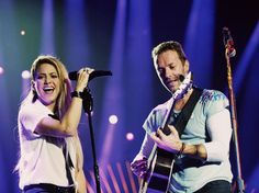 Veja Shakira e Chris Martin cantando Chantaje, Me Enamoré, A Sky Full Of Stars e Yellow no Global Citizens Festival