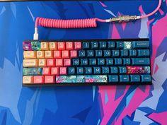 Best Gaming Setup, Gaming Room Setup, Pc Setup, Cute Panda Wallpaper, Funny Phone Wallpaper, Keyboard Keys, Computer Keyboard, Diy Mechanical Keyboard, Keyboard Warrior