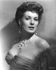 Maureen O' Hara, the best woman to play opposite John Wayne.