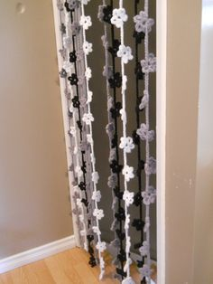 craZydaiZy poZie curtain daisy crochet flower home decor decorate party black MADE TO ORDER