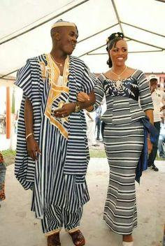 GALERIES MODÈLES PAGNE BAOULÉ African Attire, African Wear, African Women, African Dress, African Style, African Print Fashion, Africa Fashion, African Fashion Dresses, Fashion Outfits