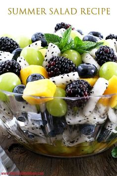 refreshing and crowd-pleasing Summer Fruit Salad Recipe is perfect healthy dessert or a snack anytime of the day. It is very refreshing, crowd-pleasure with amazingly attractive colors and only one ingredient dressing! Summer Salads With Fruit, Summer Salad Recipes, Fruit Salad Recipes, Salad With Fruit, Tropical Fruit Salad, Summer Snacks, Healthy Fruits, Healthy Snacks, Healthy Recipes