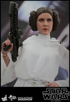 Princess Leia Movie Masterpiece Series - Sixth Scale Figure by Hot Toys