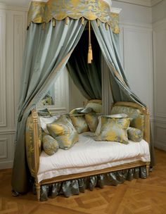 19 Dreamy Canopy Beds Canopy beds originated in medieval times when castles draped heavy curtains over the beds to keep out drafts and retain warmth in the winter then repl. Bed Crown Canopy, Canopy Beds, Bed Curtains, Canopies, Alcove Bed, Luis Xvi, Simple Bed, French Interior, French Country Decorating