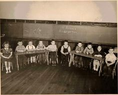 vintage classroom photo // Teacher // #theslashies