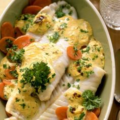 Dinner Recipes Roasted salmon on mustard carrots – smarter – Calories: 330 Kcal – Time: 30 minutes … Oven Dishes, Fish Dishes, Carrot Vegetable, Roasted Salmon, Cooking Recipes, Healthy Recipes, Happy Foods, Fish Recipes, Shrimp Recipes