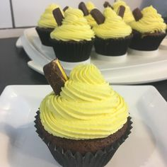 "10 Likes, 3 Comments - Ange (@angetrust007) on Instagram: ""Pineapple lump cupcakes #sweetdistraction #nzcupcake #nzclassic #lovepineapplelumps #pineapplelumps…"""