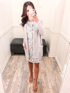 Sarah shares her most recent workwear try on - focusing on layerable pieces for Summer. She includes sizing details and links for a convenient shop! Workwear Fashion, Office Fashion Women, 70s Fashion, Work Fashion, Petite Fashion, Classy Fashion, French Fashion, Fashion Outfits, Fashion Tips