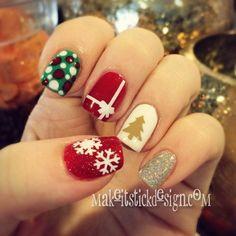 Christmas Mani using nail decals