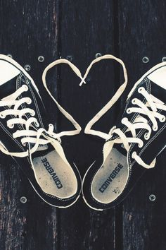 640-Converse-Hearts-Love-Shoes-l