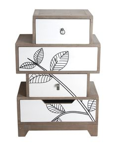 This small Chest of Drawers from our Tilia Range is perhaps one of the more unusual drawer chests we offer. Its 4 drawers are stacked asymmetrically to create an eye catching feature for what could be either a lamp or bedside table.
