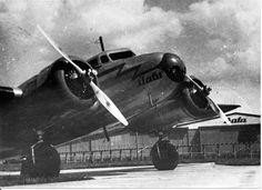 Vintage Airplane: Bata Lockheed Electra L-10, Zlin, 1937 #batashoes