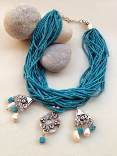 İletişim: aksesuarelle@gmail.com Mavi Turkuaz Afgan Boncuğu, Hakiki İnci Detaylı Metal Uçlu Kolye - El Yapımı Takı Tasarım / Blue Turquoise Afgan Neclace with Pearls - Handmade Jewelry Design