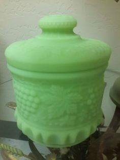 EXCEPTIONAL Fenton Glass Tobacco Jar Biscuit by vintagesouthwest