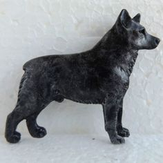 Australian-Stumpy-Tail-Cattle-Dog-Blue-Brooch-Dog-Breed-Jewellery-Handpainted