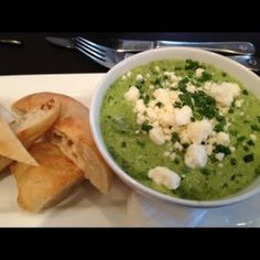 Earl's Warm Spinach and Artichoke Dip
