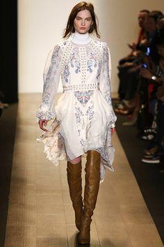 BCBG Max Azria Fall 2015. See the runway show on Vogue.com.