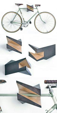 Oak Wood Bike Hanger Iceberg by Woodstick Ltd. by Woodstick Bicycle Storage, Bicycle Rack, Pimp Your Bike, Wood Projects, Woodworking Projects, Wood Furniture, Furniture Design, Range Velo, Bike Hanger