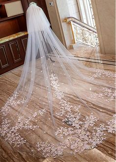 DressilyMe Bridal Dresses Online,Wedding Dresses Ball Gown, n stock gorgeous tulle cathedral wedding veil with lace appliques comb Lace Bridal, Lace Wedding Dress, Dream Wedding Dresses, Bridal Henna, Dress Lace, Bridal Gown, Bridal Dresses, Cathedral Wedding Veils, Long Wedding Veils