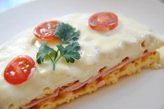 注文してから一枚ずつ焼き上げる。真っ白なチーズがとろ~りのワッフルチーズフォンデュはいかが?|ことりっぷ