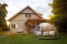 Garden Igloo is all these things. Smart gardening for your home and igloo dining for your restaurant, bar or hotel. Comfortable environments for all year round outdoor living. Outdoor Garden Rooms, Outdoor Living, Jacuzzi Covers, Hot Tub Cover, Cozy Room, Al Fresco Dining, Shed Plans, House Plans, Conservatory