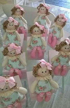 Hand made personalized gifts puppet wedding favors baby favors dolls baby dolls favors gifts hand personalized puppet wedding – Artofit Doll Crafts, Diy Doll, Sewing Crafts, Doll Clothes Patterns, Doll Patterns, Craft Projects, Sewing Projects, Homemade Dolls, Sewing Dolls