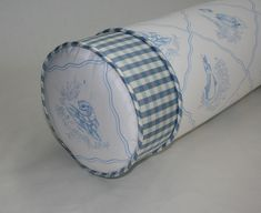 http://www.quiltmasterinc.com/home_files/QM%20New%20Items/4in%20banded%20bolster%20inset%20cord(closeup).jpg
